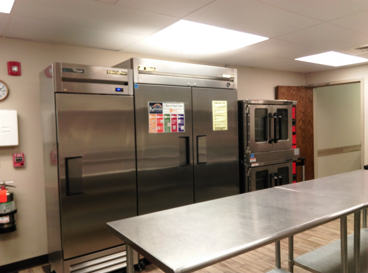 Kitchen, freezer, fridge and ovens